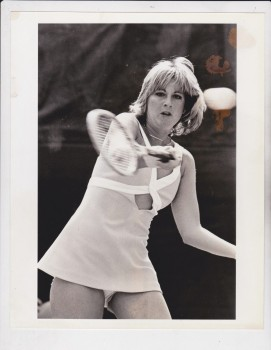 Chris Evert: Late 70's Upskirt - HQ B&W x 1