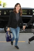Jennifer Garner Arrives at Los Angeles International Airport April 14-2015 x10