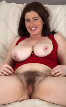 Hairy Amateur Milf Janey 1080p Cover