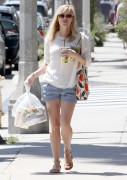 Reese Witherspoon | Out for Lunch in Santa Monica | April 18 | 110 pics