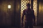 """Arrow: Трейлер и фото к эпизоду """"Моё имя Оливер Куин"""""""