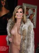 Nackt Linda Gray  Linda Evans