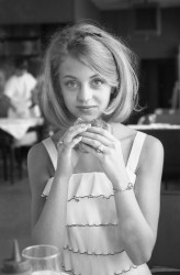 Goldie Hawn - Early Young Pics