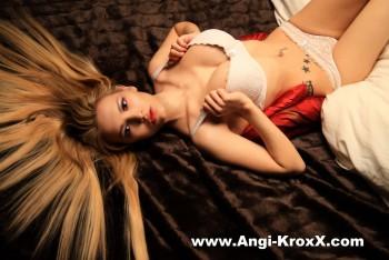 Angi KroxX