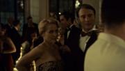 """Gillian Anderson - """"Hannibal"""" S03E01"""