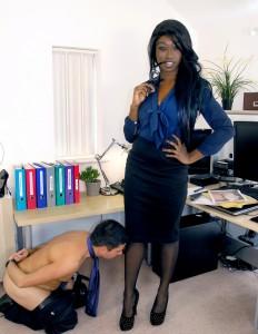 new 10.06.2015 Coercing Her Boss part 1