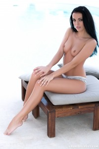http://thumbnails108.imagebam.com/40917/bb925d409162137.jpg